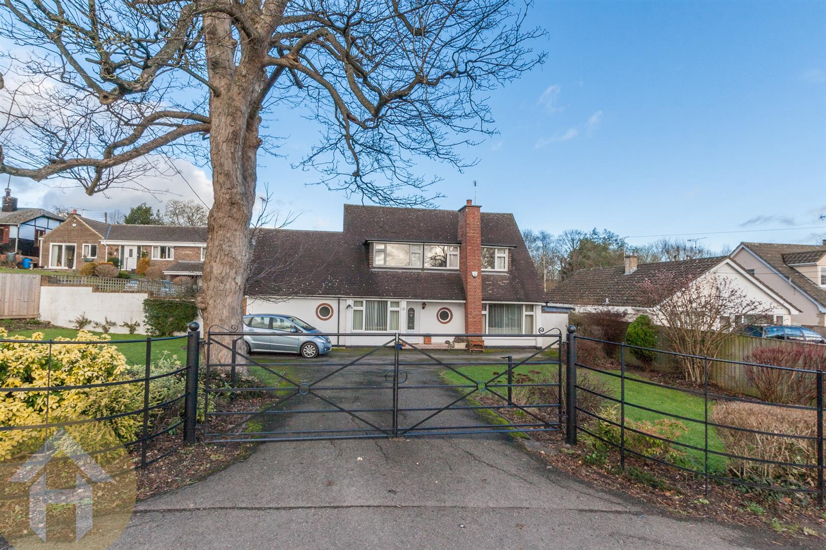 4 Bedrooms Detached House for sale in Station Road, Royal Wootton Bassett
